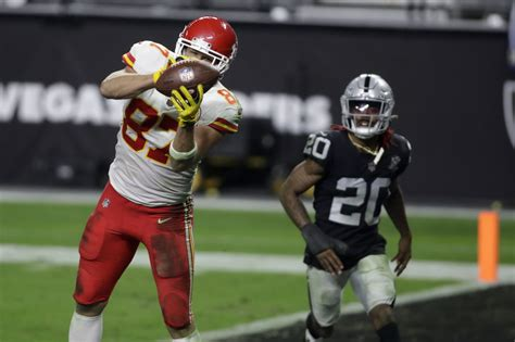 NFL betting, odds, lines: Pat Mahomes, Chiefs don't cover