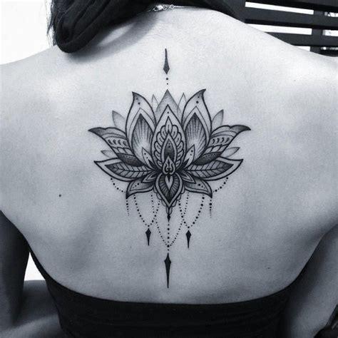 tatouage fleur de lotus  tatouage fleur de lys toutes