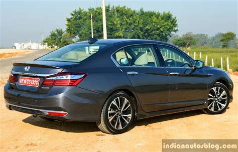 Review Honda Accord by Honda Accord Hybrid Review 46 Images 1594 Words