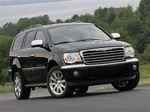 Chrysler Aspen Specs  U0026 Photos