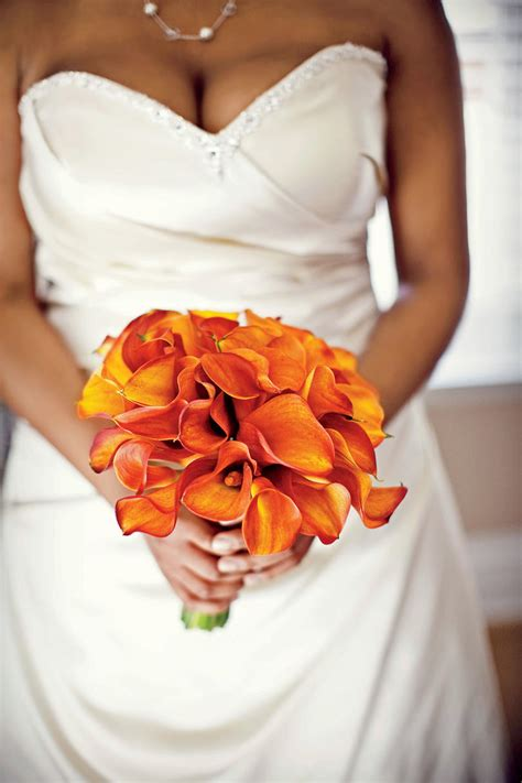 wedding bouquets calla lilies fall bridal bouquets southern living 8498