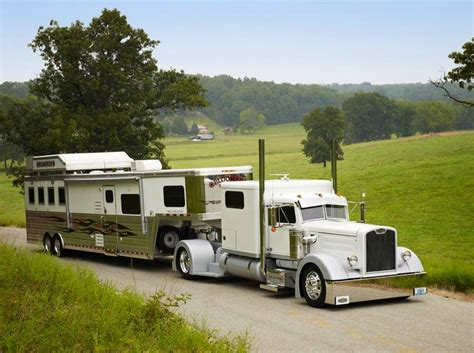 White Single-axle Peterbilt And Horsetrailer