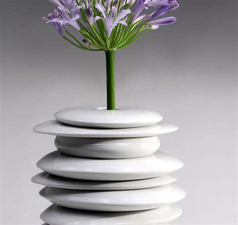 unique white vases   simple  minimal accent