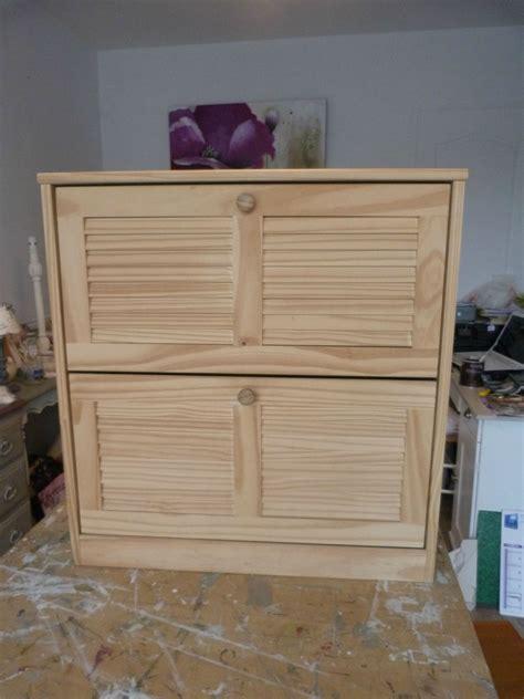 meubles cuisine bois brut meubles de cuisine en bois brut a peindre cuisine placard