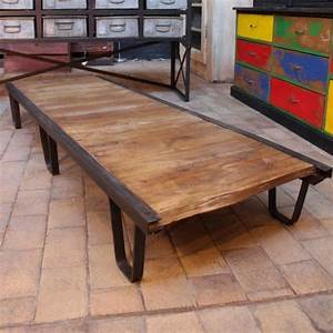 Table Basse Ancienne : mobilier industriel ancienne table basse industrielle ~ Dallasstarsshop.com Idées de Décoration