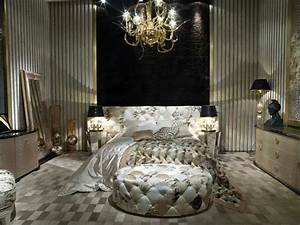 Roberto Cavalli Home : 115 best images about roberto cavalli home interiors on pinterest armchairs furniture and ~ Sanjose-hotels-ca.com Haus und Dekorationen