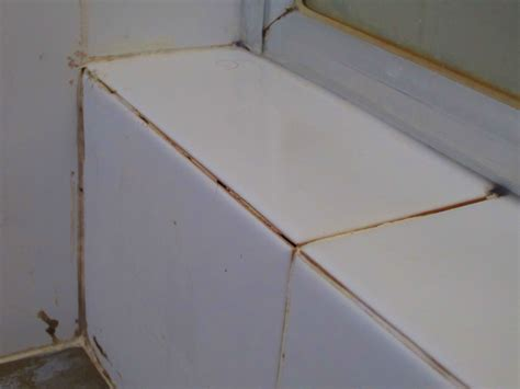 if you p v c trim or mitred tiles to the hob top tile