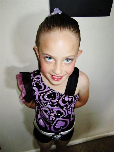 blue eyes tiny dancer