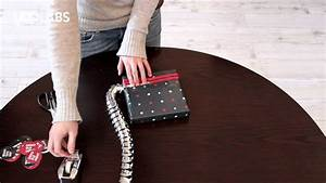 Geschenke Originell Verpacken Tipps : pack mich buch verpacken mit geschenkband mal anders youtube ~ Orissabook.com Haus und Dekorationen