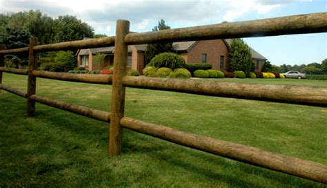 Round Rail Wood Fencing