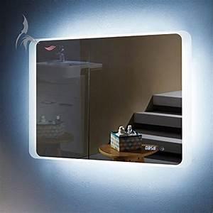 Spiegel Mit Uhr : led badezimmer spiegel mit integrierter digital uhr kiel 80x60cm badezimmerspiegel quer rundum ~ Orissabook.com Haus und Dekorationen