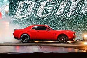 Dodge Challenger Srt Demon 2018 : what it all meant 2018 dodge challenger srt demon easter eggs solved motor trend ~ Medecine-chirurgie-esthetiques.com Avis de Voitures