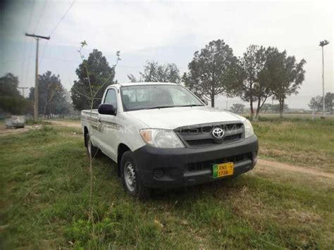 toyota hilux 4x2 single cab up spec 2008 for sale in