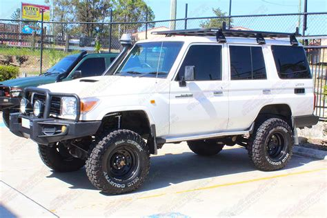 Acquisitioning success in us military trials in 1957 spurred on toyota to launch the model in the 200 series land cruiser station wagon was launched in early 2008 after five years of development. Toyota-Landcruiser-76-Series-Wagon-White-65270-2 ...