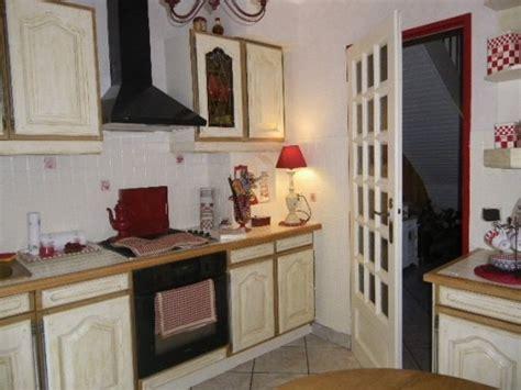 comment peindre une cuisine comment peindre une table en bois