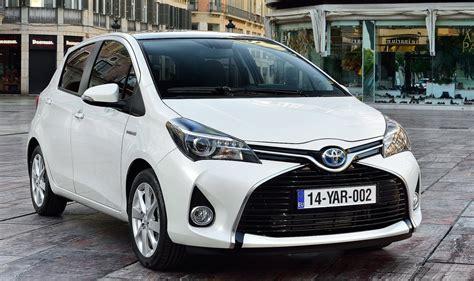 toyota yaris hybrid  diesel superminis autoevolution