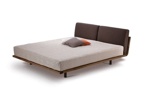 amerikaans bed design bed amerikaans notenhouten swinq massief hout