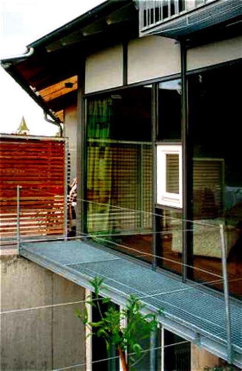 Reihenhaus Treppenhausstauraum Genutzt by Noenenalbus Architektur Diplomingenieure Freie