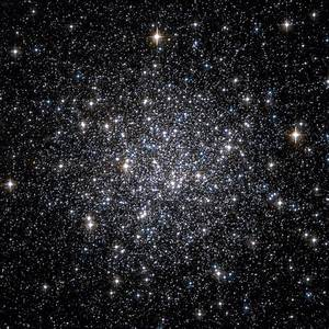 File:Messier 68 Hubble WikiSky.jpg - Wikimedia Commons