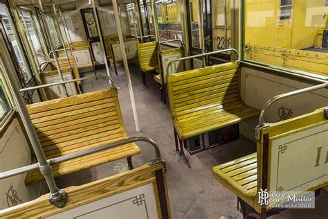 siège en bois d 39 une voiture sprague thomson du métro