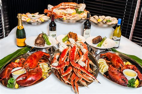 Big Fin Seafood Kitchen  Today's Orlando. Accents Chairs Living Rooms. Wood Paneling Living Room Decorating Ideas. Interior Design Living Room Pictures. The Living Room Regent Street. Living Room Rustic. Built In Wall Units Living Room. Colour Schemes Living Room. Microfiber Living Room Set