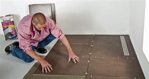 badezimmer abdichten fliesen legen anleitung für anfänger bauredakteur de
