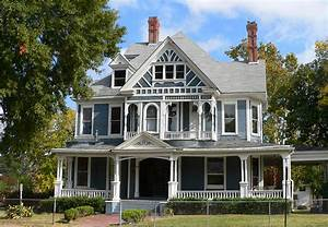DFW's Hottest Victorian Houses Currently Listed For Sale