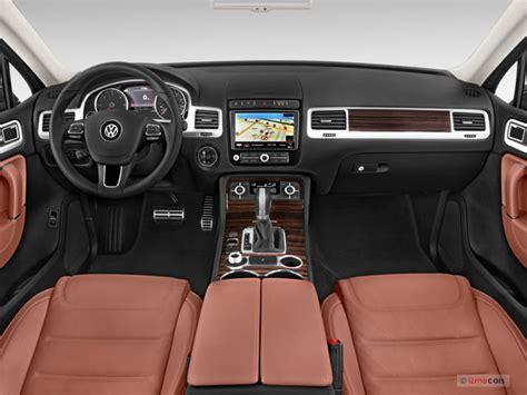 volkswagen touareg 2016 interior 2016 volkswagen touareg pictures dashboard u s news