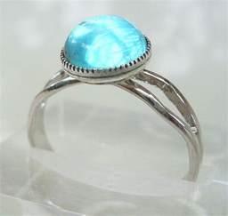 Mako Mermaids Moon Ring