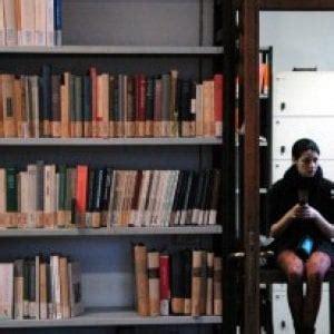 firenze la biblioteca della facolt 224 di lettere chiude
