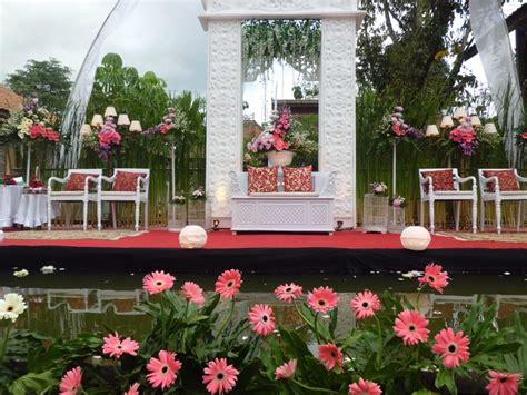 dekorasi pernikahan outdoor minimalis murah rumah impian