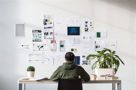 office desk want to advertise to the best designers look to
