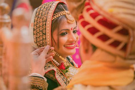 Candid Wedding Pics-indian Wedding Pictures-best