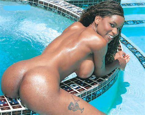 Caramel Ebony Delight Pics