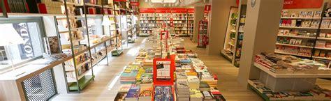 Libreria Piazza Duomo by Mondadori Megastore Duomo Librerie Mondadori