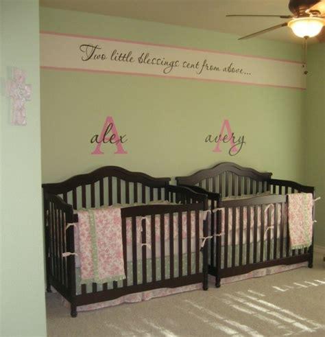 chambre de b b jumeaux la peinture chambre bébé 70 idées sympas