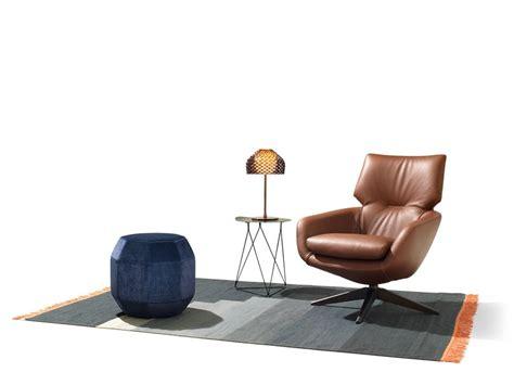 Swivel Armchair With 4-spoke Base Lloyd By Leolux Design
