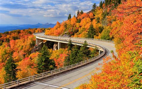 fall road trips for seeing the best fall foliage and a whole lot more travel leisure