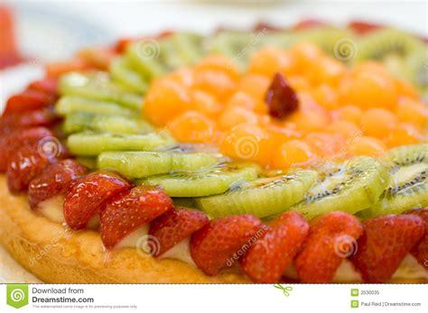 dessert de g 226 teau de fruit photo libre de droits image 2530035