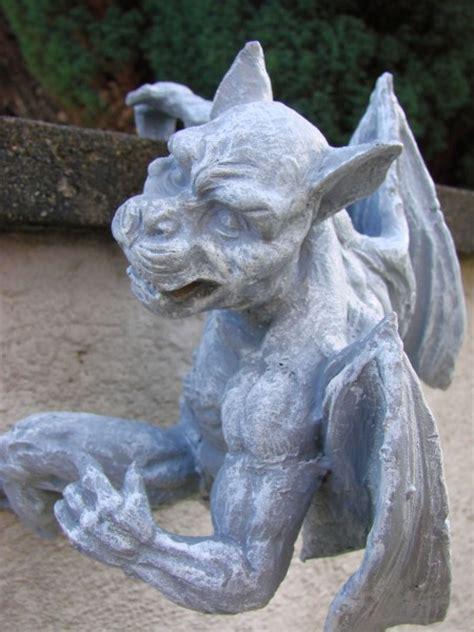 Gargoyle Zaunhänger Wächter Garten Frostresistent Typ B Ebay