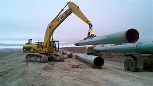 Cat 365 With A Vacuworx Vac Stringing Pipeline