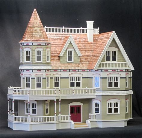 Construction of my Queen Anne   Dollhouse Dreams