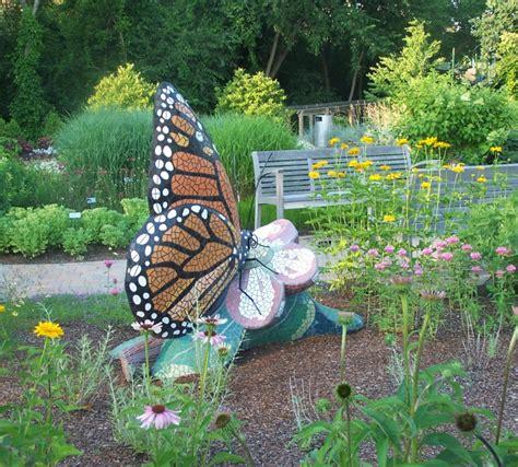 Qvc Gartendeko by Mosaik Im Garten Ideen F 252 R Mosaiktisch Und Gartendeko