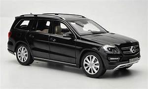 Mercedes Classe Glk : mercedes classe glk miniature noire 2012 norev 1 18 voiture ~ Melissatoandfro.com Idées de Décoration