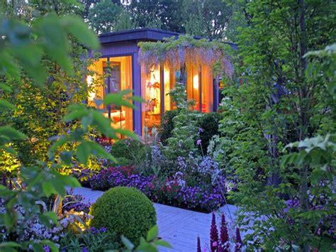 Bedroom In Garden by Modern Bedroom Design Ideas View In Gallery Minimalist