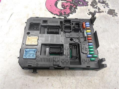 Citroen Picasso Engine Fuse Box by Citroen C4 Grand Picasso Fuse Box Relay Board 07 10 G