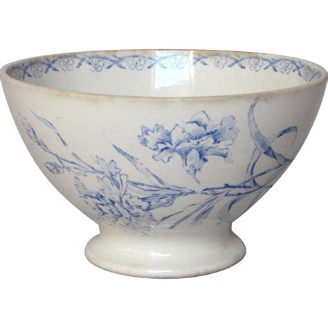 French press coffee has somewhat of a cult following. Vintage French Floral Cafe au Lait Ceramic Bowl from yesterdaysfrance on Ruby Lane