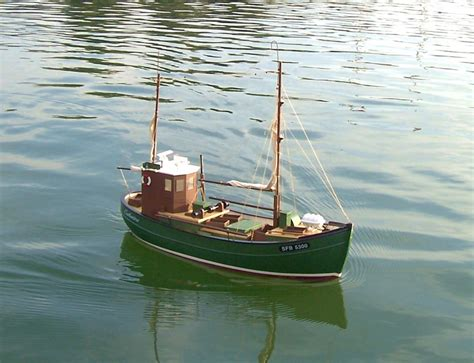Rc Fishing Boat Sea by Rc Fishing Boats Www Imgkid The Image Kid Has It