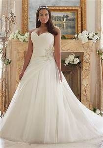 bridal dresses suitable for large busts tips and top With wedding dress for large bust