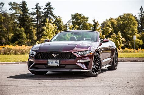review  ford mustang gt convertible car